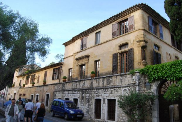 gallery-1479504456-la-colombe-dor-st-paul-de-vence