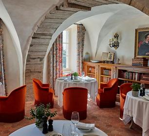 restaurant-gordes-citadelle-salle2